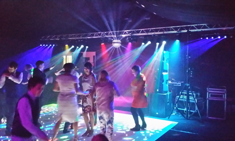 Mobile Disco hire for Weddings